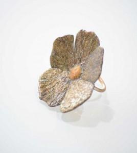 xeiropoihta-kosmimata-daxtulidi-louloudi